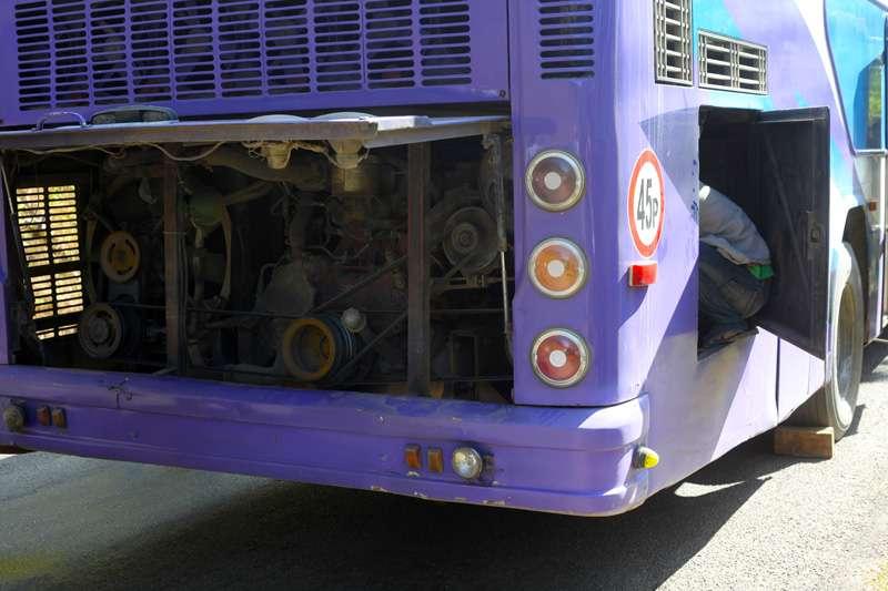 bus3e.jpg